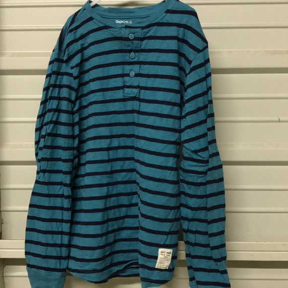 GAP Other - Boys Gap Kids Striped Shirt with buttons, size 12